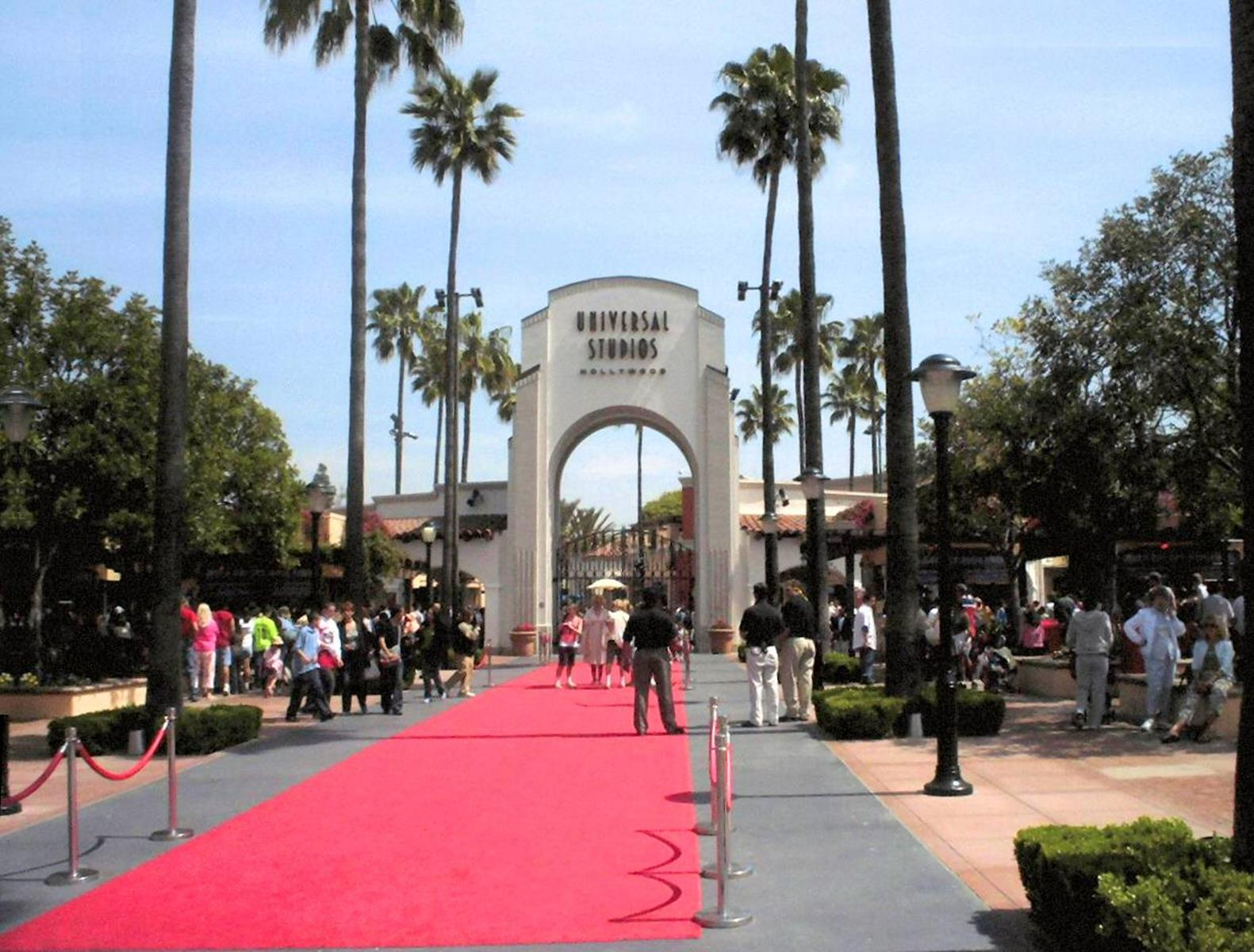 los angeles offers students the glamour of hollywood