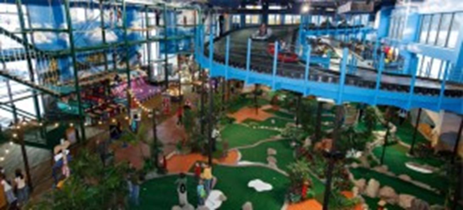 Wilderness Hotel & Golf Resort, America's largest combination indoor and outdoor waterpark resort.