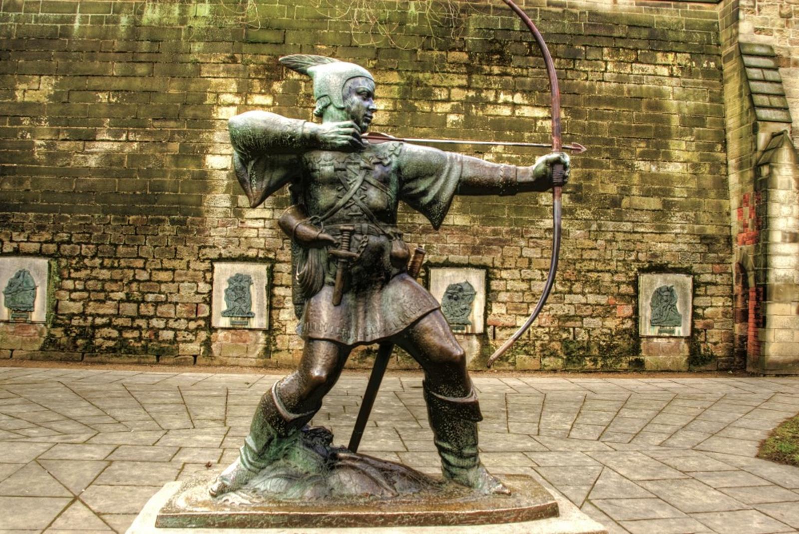 Robin Hood Statue, Nottingham Castle. Credit