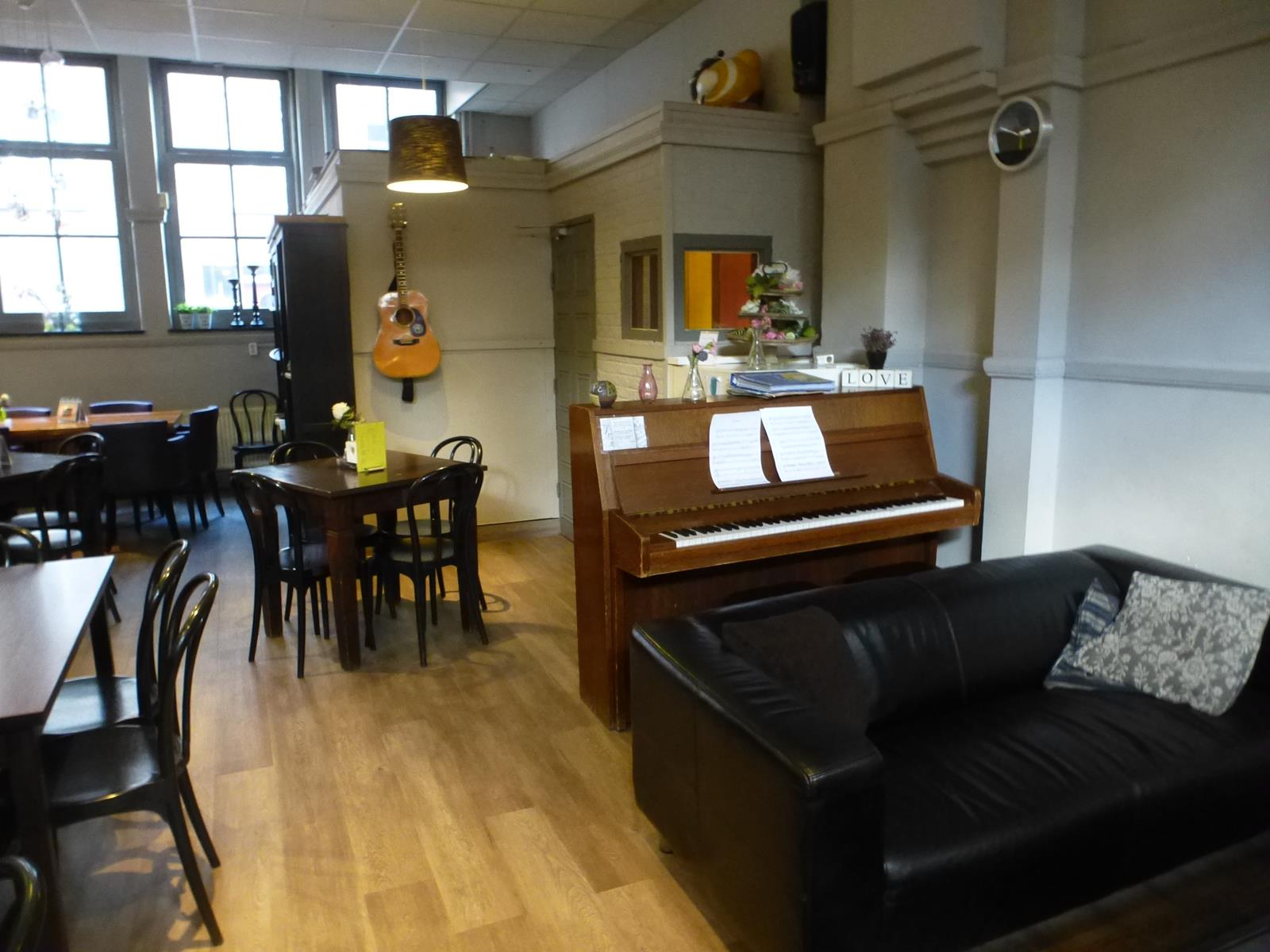 A Top Hostel Choice for Budget Travelers in Amsterdam
