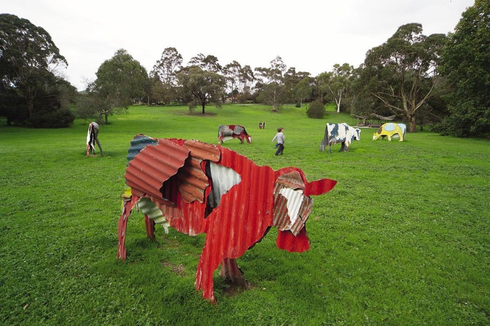 Thomson Cows J.Gollings 2004