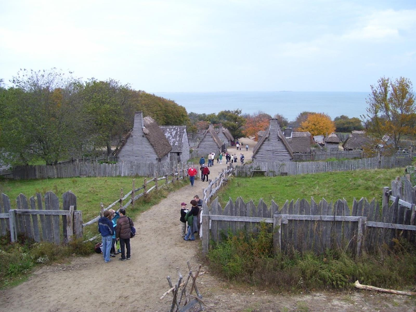 Visitors at Plimoth Plantation. Credit: Swampyank at en.wikipedia