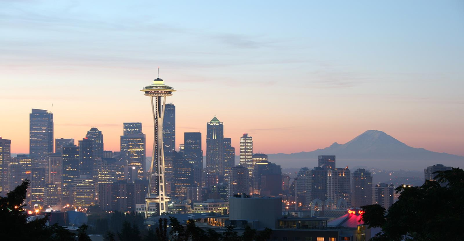 Space Needle at sunset. Credit Rattlhed at en.wikipedia