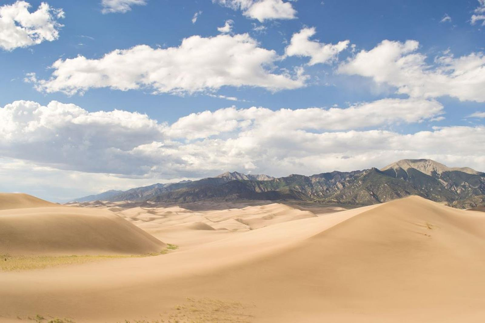 View from the peakof Colorado's Great Sand Dunes. Credit: Zachjank at en.wikipedia