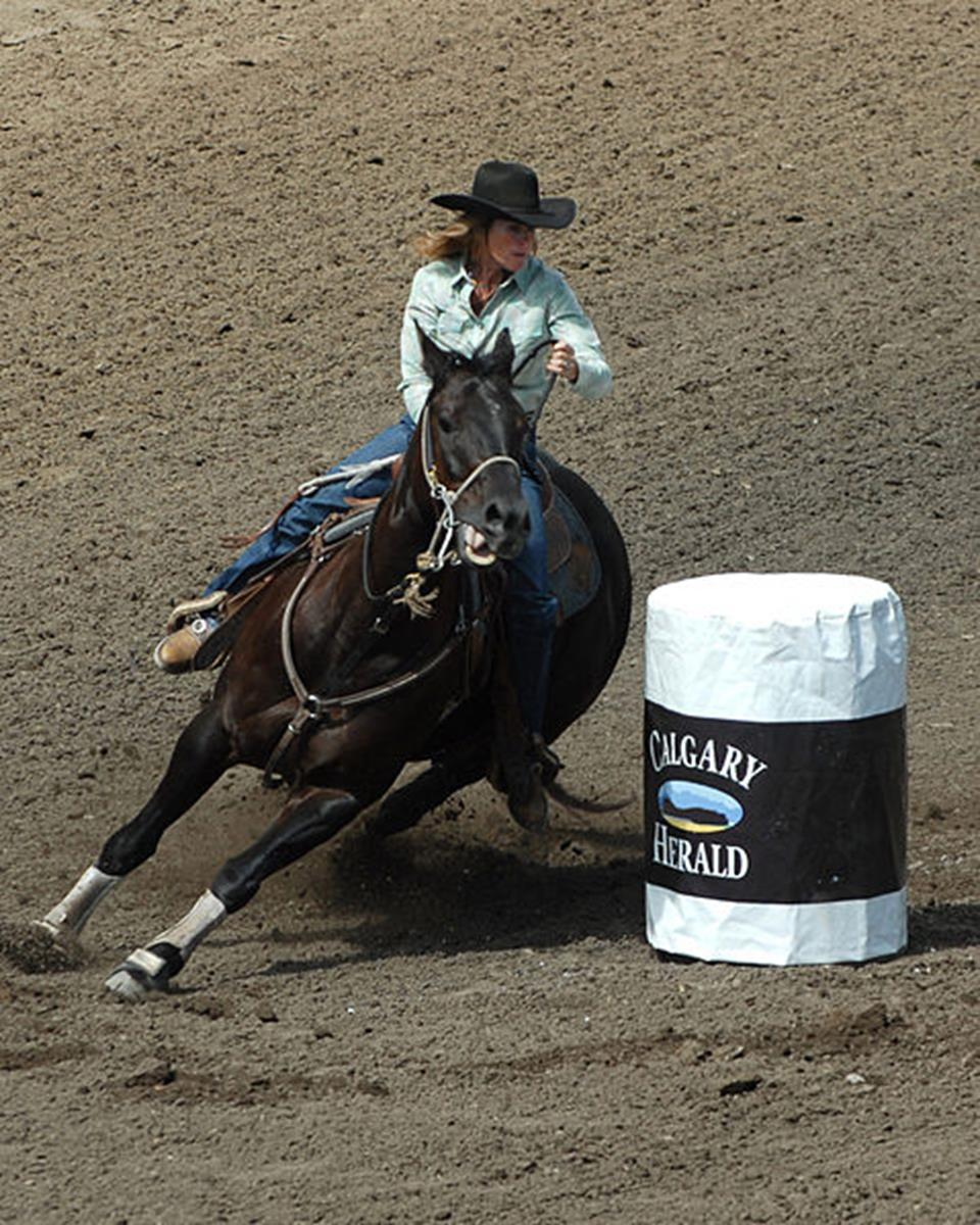 Barrel Racing. Credit: Szmurlo