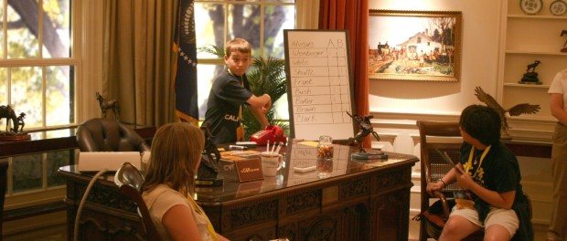 Students reenact in Discovery Center's Oval Office
