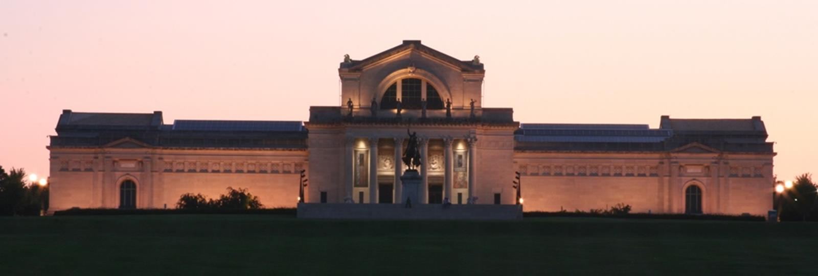 The Saint Louis Art Museum during the evening. Credit: Matt Kitces at en.wikipedia
