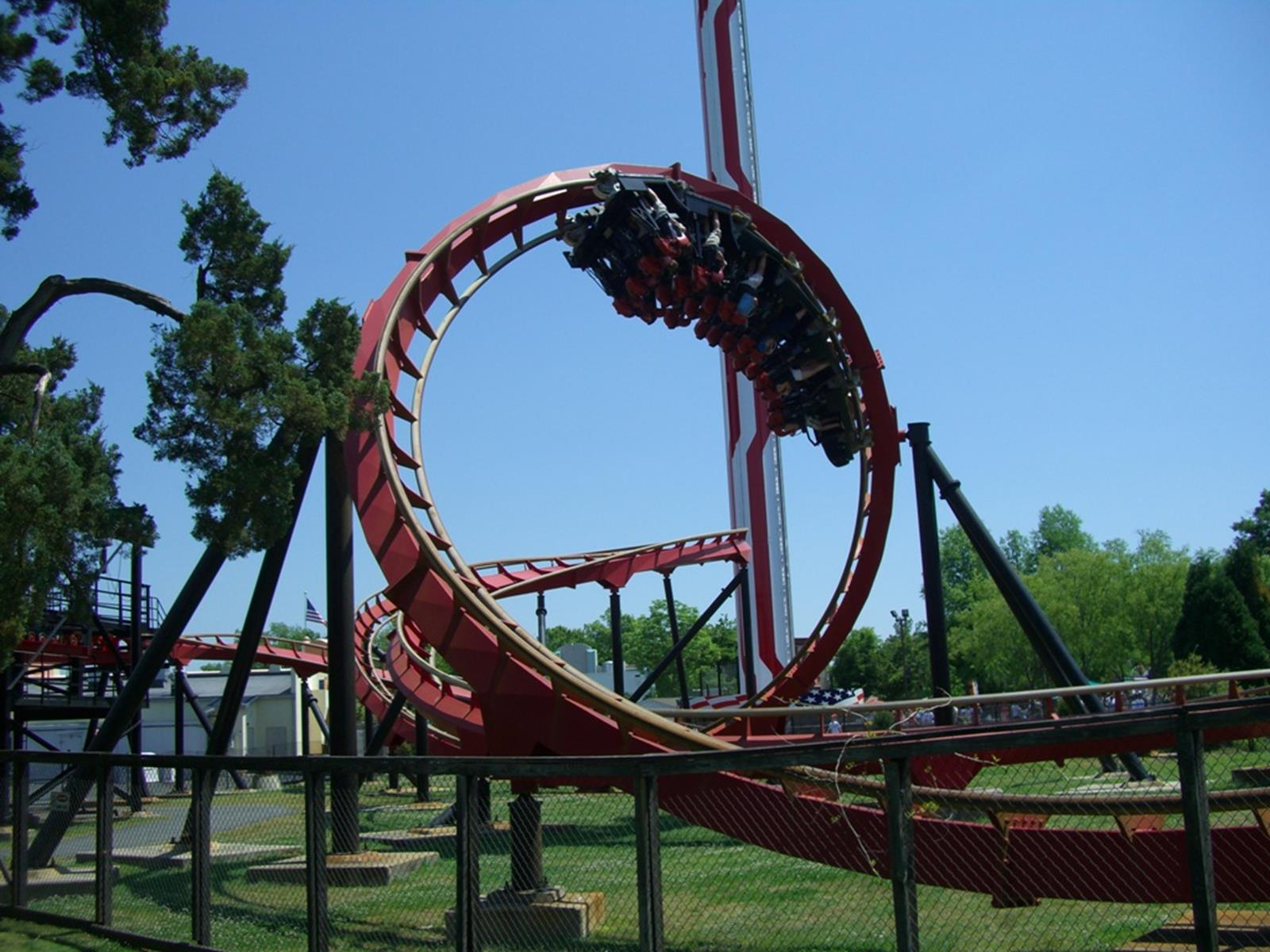 Vortex at Carowinds. Credit: Coasterman1234 at en.wikipedia