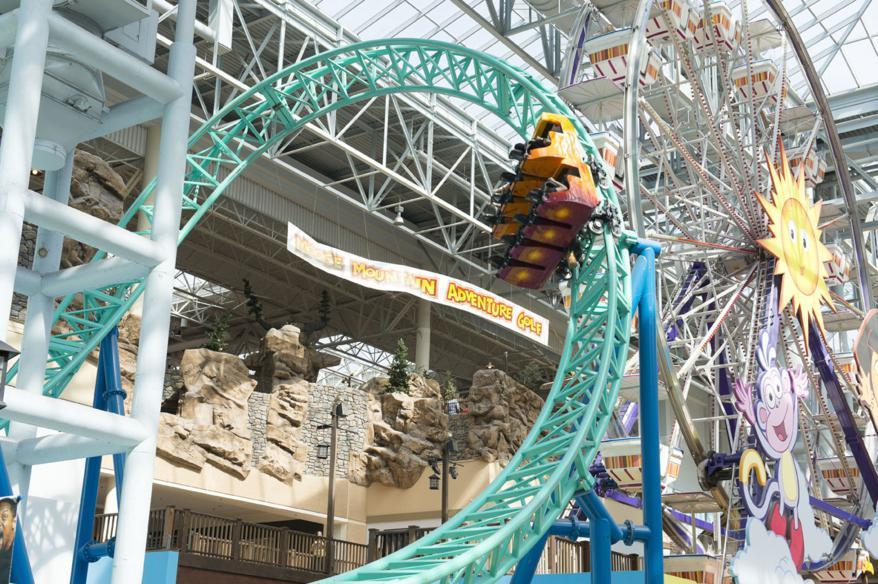 Essential Tips to Survive the Mall of America with a Group