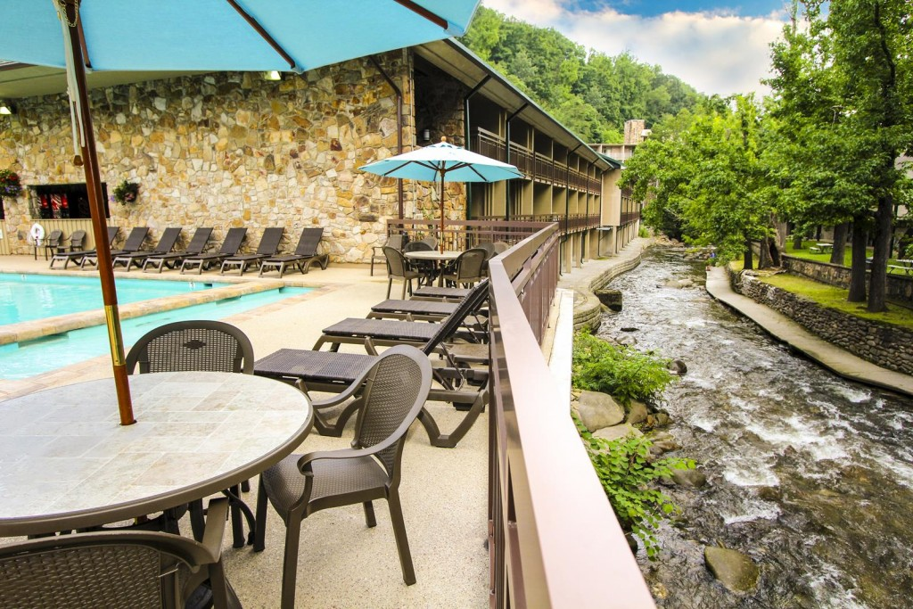 Greystone Lodge: A Place for Student Groups to Chill in Gatlinburg
