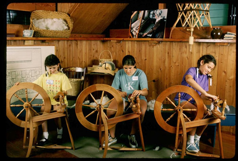 Old Sturbridge Village, students learning to spin