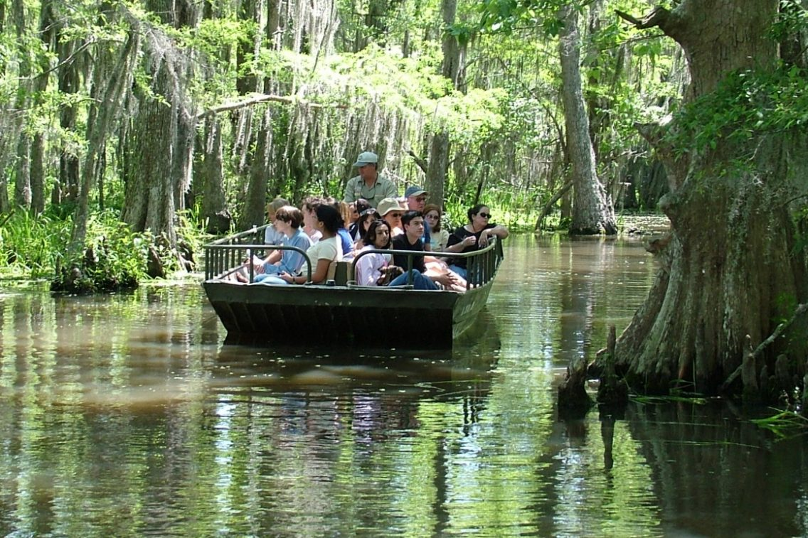 9 Tours that Give Students Different Perspectives of Louisiana