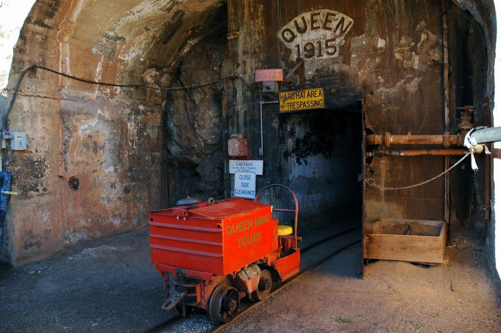 queen-mine-portal