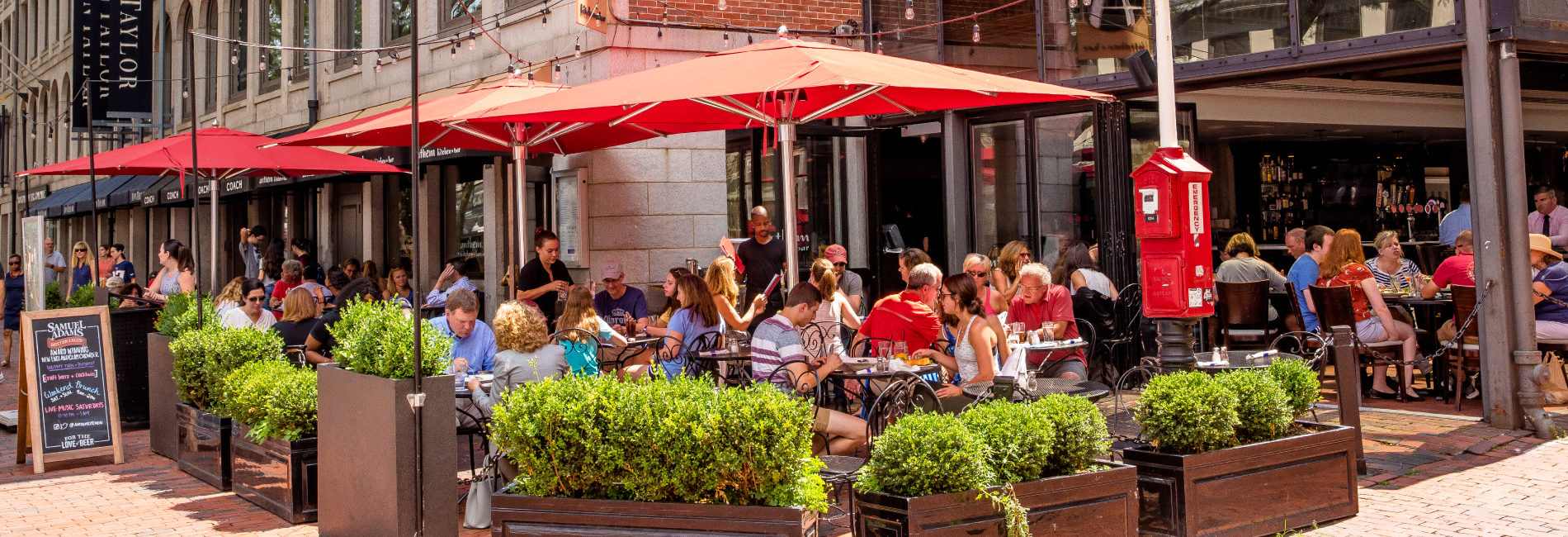 Our Top 5 Picks for Delectable Dining in Boston for Student Groups
