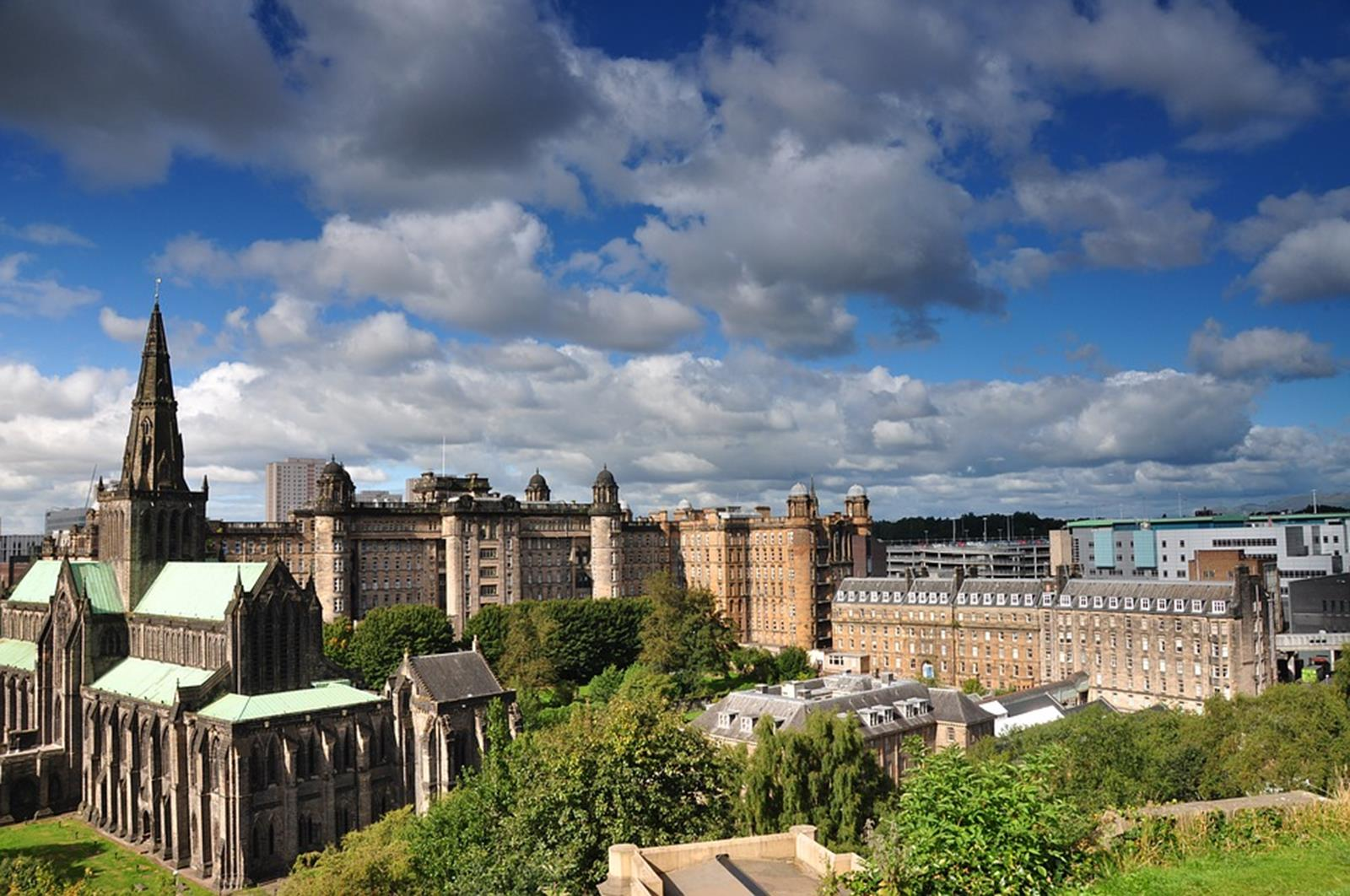 Top Travel Destinations in the UK for Students