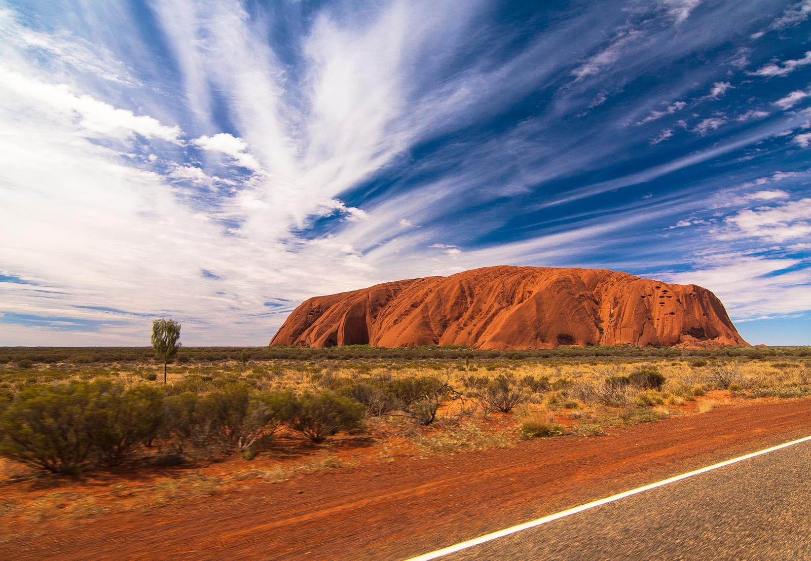 5 Amazing Natural Sights to See in Australia-Photo by holger-link-1GFUOji-yck-unsplash
