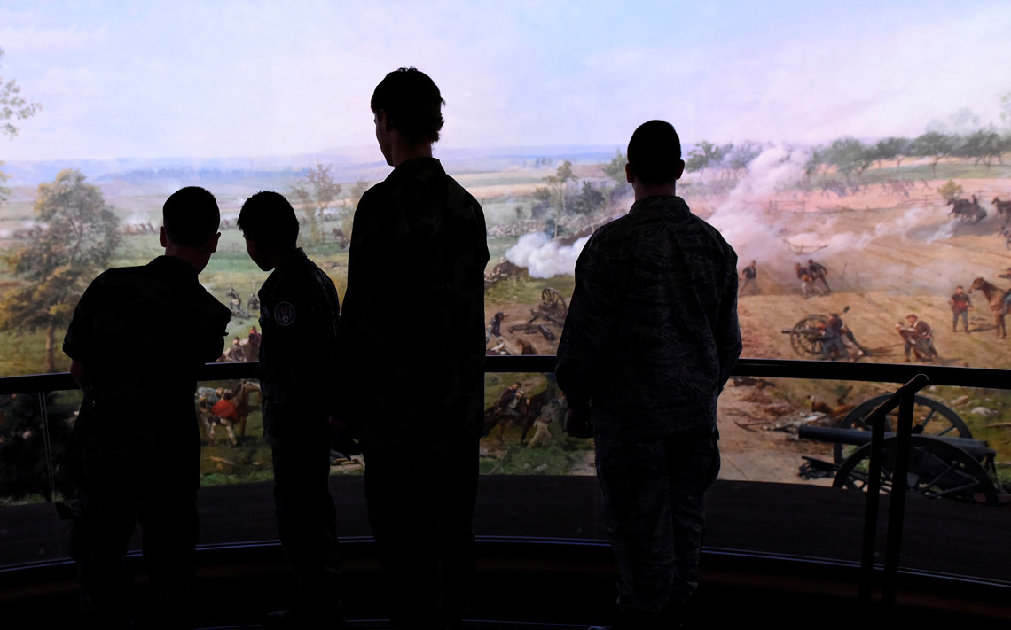 Students Discover New Dimensions to the Civil War at Gettysburg