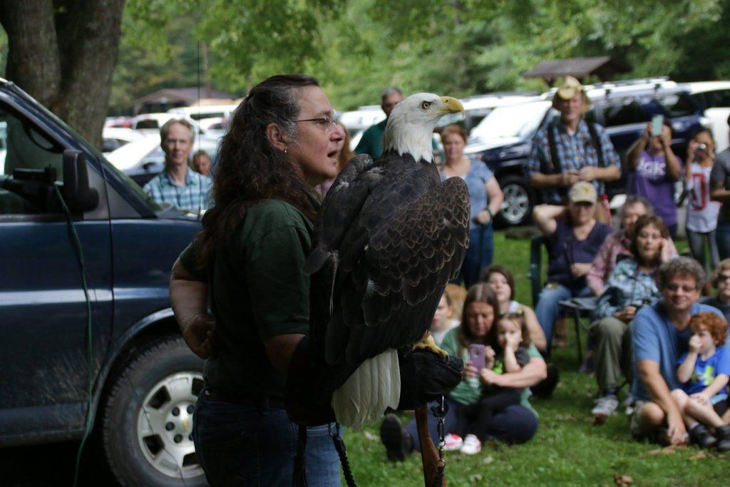 Three Rivers Avian Center bird lesson