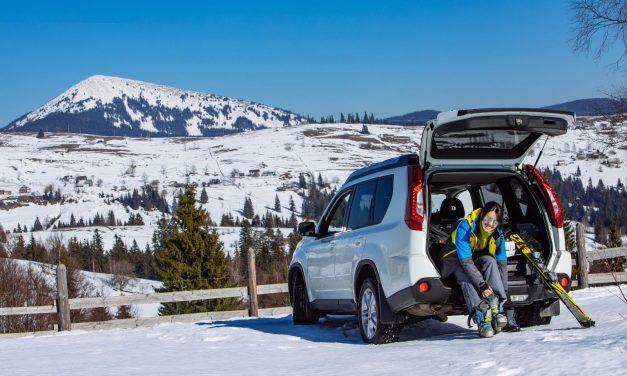Best Ways To Save Money on a Ski Trip